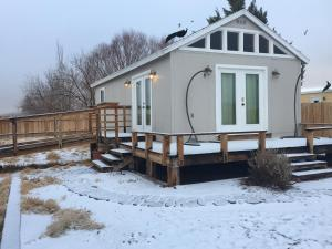Shady Lady Bed and Breakfast during the winter