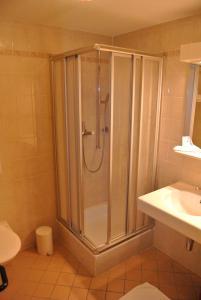 Salle de bains dans l'établissement Auberge de la Réunion