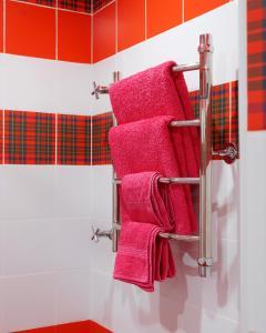 Ванная комната в Red Bus Apartment na Mira