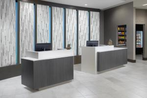 The lobby or reception area at Courtyard by Marriott Austin Pflugerville