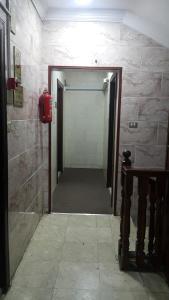 Um banheiro em Amana AlFakhera Furnished Units 1