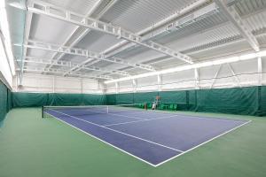 Теннис и/или сквош на территории Отель Таёжный или поблизости