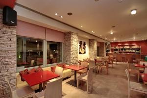 Εστιατόριο ή άλλο μέρος για φαγητό στο Astros Beach Boutique Hotel