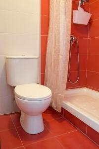 A bathroom at Mar de Fora