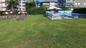 The swimming pool at or near Hotel La Encina