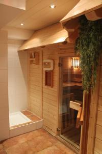 Spa und/oder Wellnesseinrichtungen in der Unterkunft Hotel & Restaurant Grüner Baum - Die Grüne Oase Am Feldberg