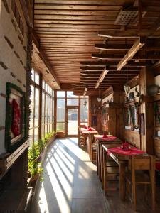 A restaurant or other place to eat at Hotel Orbel