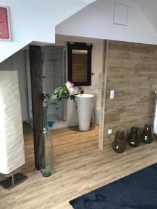 Een badkamer bij Hotel Heddernheimer Hof