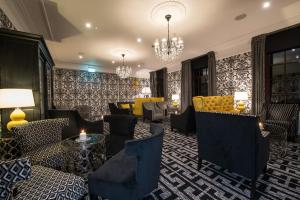 The lounge or bar area at Gleddoch Hotel Spa & Golf, BW Premier Collection