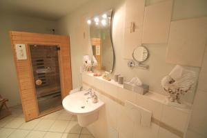 Ein Badezimmer in der Unterkunft Hotel-Appartement-Villa Ulenburg