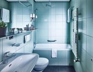 A bathroom at Hotel Schönegg