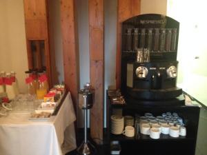 Coffee and tea-making facilities at Hotel Tximista