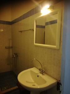 Koupelna v ubytování Elite Hotel