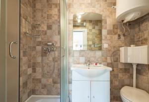 A bathroom at Villa Frane