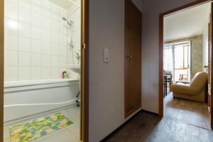 Ванная комната в Апартаменты Комфорт на Комендантской площади