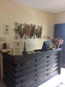 O saguão ou recepção de Le Monde Hostel - Suites e Camas