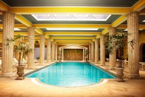 A piscina localizada em Palace Hotel - Poços de Caldas ou nos arredores