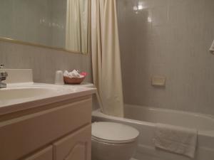 Un baño de Windsor Hotel