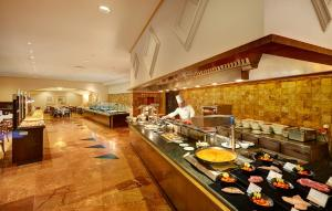 A restaurant or other place to eat at Hipotels Natura Palace Adults Only