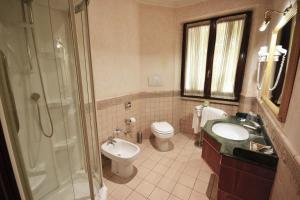 A bathroom at Hotel Cilicia