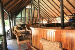 The lounge or bar area at Gweta Lodge