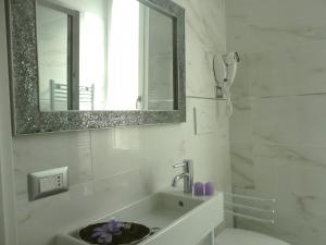 Un baño de Cameo B&B