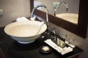 A bathroom at Green Park Boutique Hotel