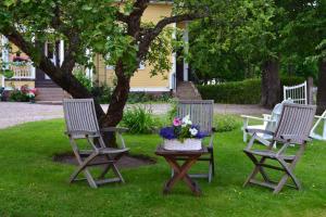 Puutarhaa majoituspaikan Villa Baumgartner ulkopuolella