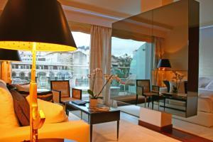 A seating area at Gran Hotel Nagari Boutique & Spa