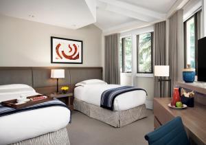 Cama ou camas em um quarto em The Little Nell
