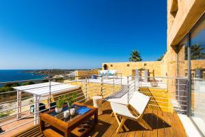 Balcone o terrazza di Yellow Dream Villas