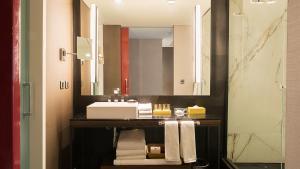 A bathroom at Hyatt Centric Montevideo