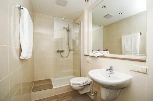 A bathroom at Cityherberge