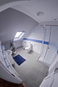 Koupelna v ubytování Apartments Oki Coffee