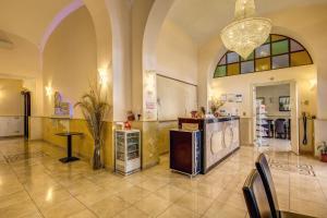 A kitchen or kitchenette at Hotel Maryelen 2