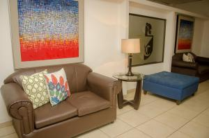 A seating area at Hotel Residencial Cervantes