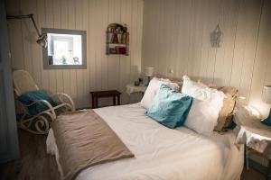 Cama o camas de una habitación en Casa Jacinta con jacuzzi
