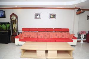 Ein Sitzbereich in der Unterkunft Phu Qui Hotel