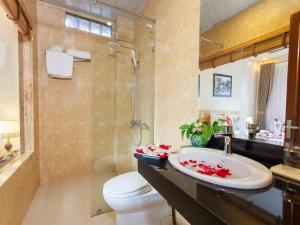Phòng tắm tại Sapa Centre Hotel