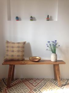 A seating area at Salvatierra Guest House
