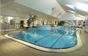 The swimming pool at or near Hilton East Midlands Airport