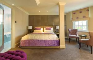 A bed or beds in a room at Radisson Blu Edwardian Berkshire Hotel, London
