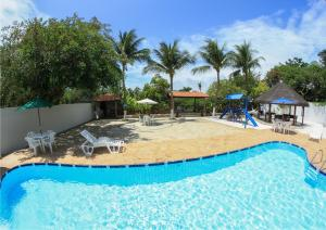 The swimming pool at or close to Hotel Rio Mar