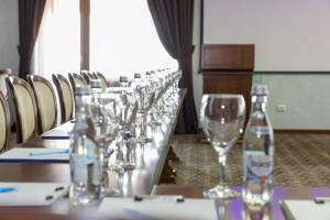 A restaurant or other place to eat at Hotel Giuliano