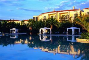 The swimming pool at or close to Hyatt Regency Thessaloniki