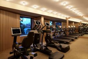 The fitness centre and/or fitness facilities at Park Hyatt Sydney