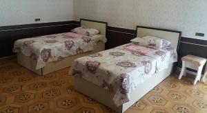 Кровать или кровати в номере Классик Хостел Ереван