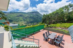 A balcony or terrace at Mountain Hut Resorts