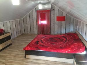 Кровать или кровати в номере Двухуровневые Апартаменты