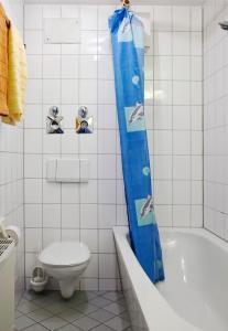 A bathroom at Apartments Leipzig Körnerplatz Südvorstadt